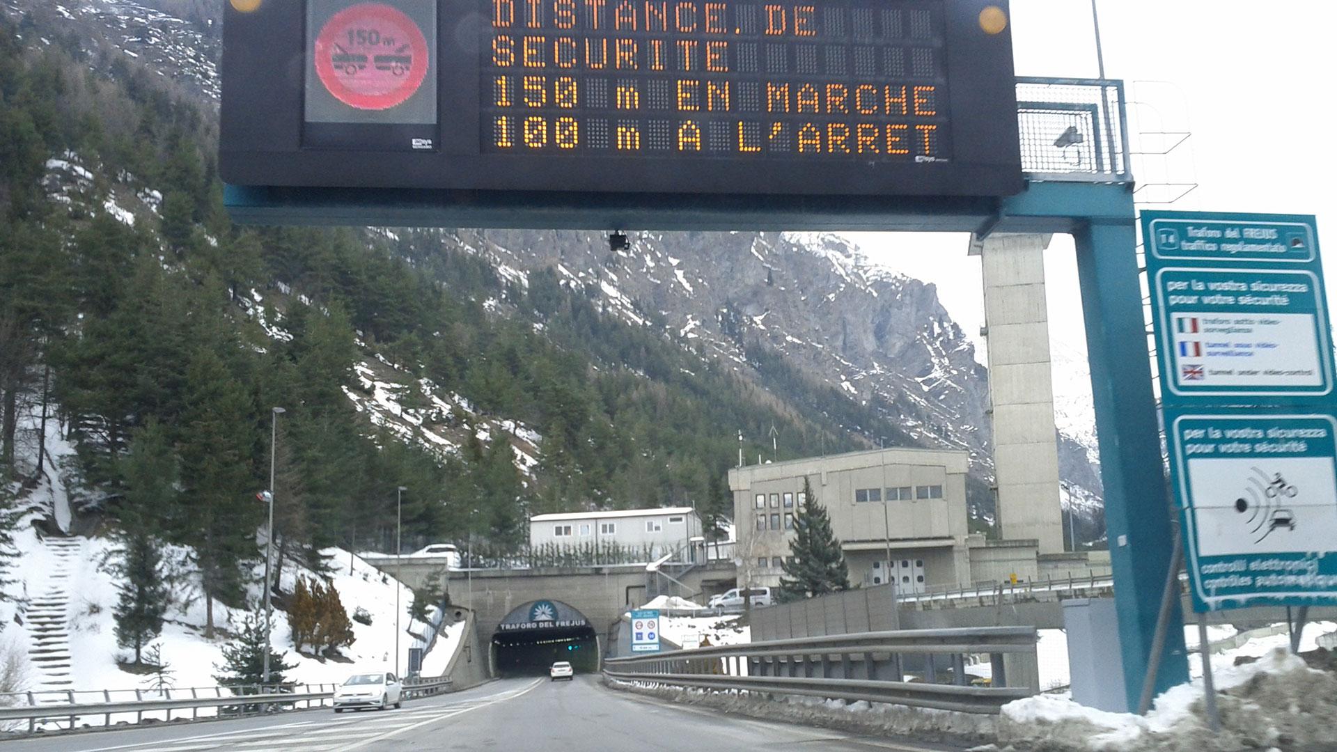 Frejus Road Tunnel Bardonecchia 1920x1080 small
