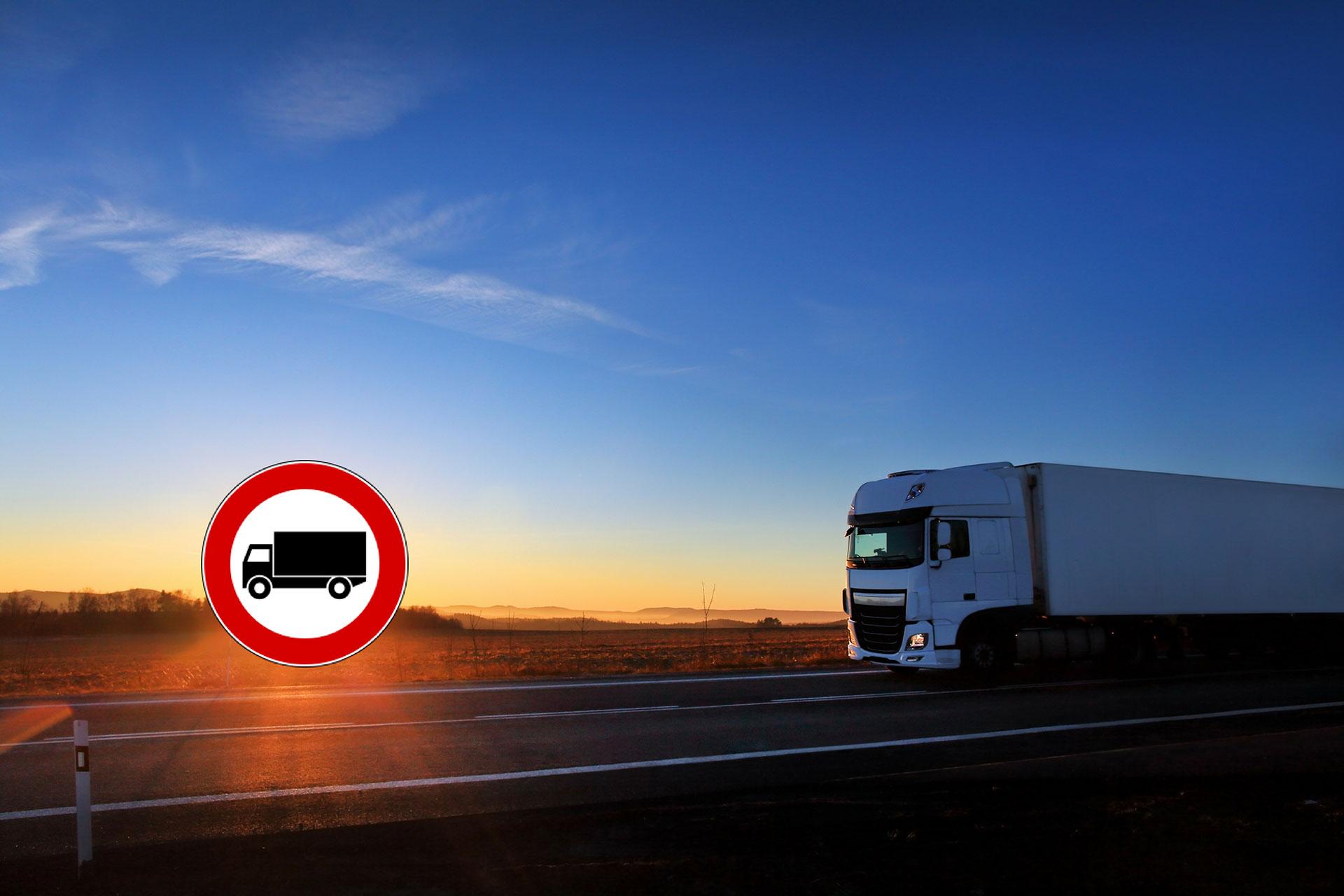 divieto di circolazione camion 1920x1080